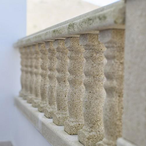 Balaustrada en arenisca