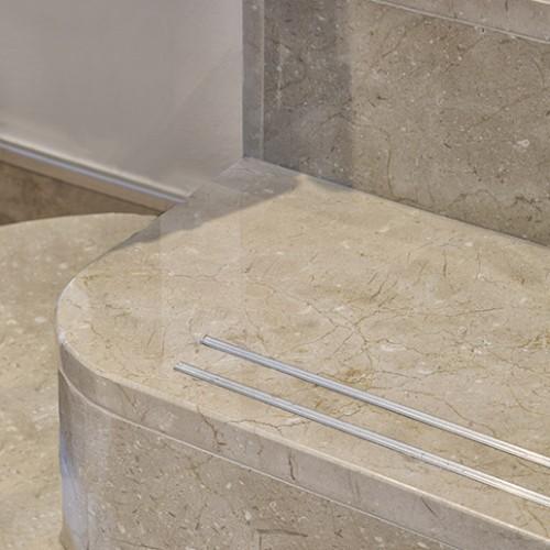 Escalera en mármol